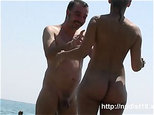 i love to be nude on the naked beach