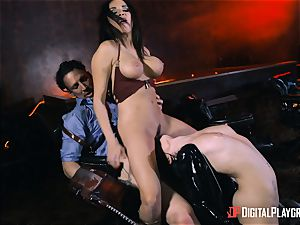 Rina Ellis and Anissa Kate vulva penetrating parody