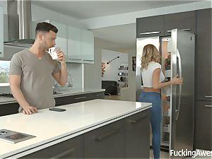 Jessa Rhodes fucks her housemate