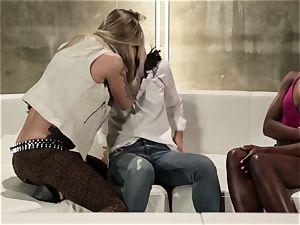 Takers pt 5 - Bonding time with Asa Akira, Ana Foxxx and Kleio Valentien