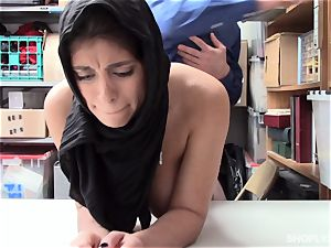 Ella Knox gets caught shoplifting and pays her debt with her gullet and beaver