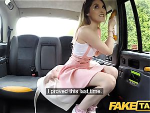 faux taxi puny stalker Rhiannon Ryder