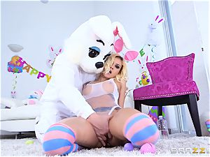 hot booty ash-blonde Marsha May well-lubed up and boned