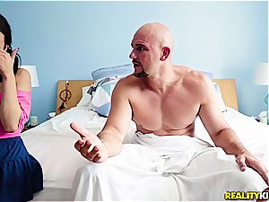 stepdad caught seeing porn by her step-daughter Kiley Jay