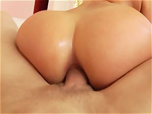 massive culo superstar Mia Malkova takes weenie in her cock-squeezing booty