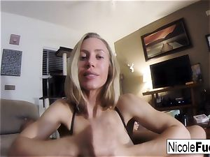 Home movie of Nicole Aniston giving a point of view blow Job