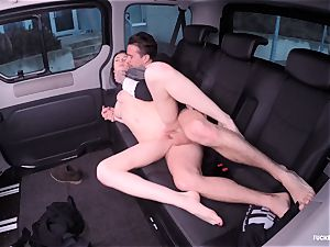 humped IN TRAFFIC - Russian stunner pounds rigid in the car