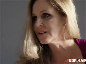 fuck-fest with busty housewife Julia Ann and her stepdaughter