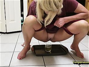mummy Might Be urinated with Ms Paris Rose