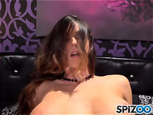 Spizoo-Watch Alison Tyler poking a ginormous salami yam-sized baps
