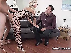 cougar Nikyta likes rock-hard anal While Her husband observes