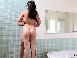 Getting warm in the bathtub with Holly Michaels
