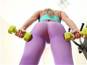 Capri's exercise session leads to intercourse with her trainer