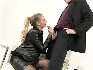 all-natural titted Reporter Candy Alex cascading Her facehole