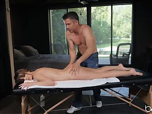 Kimmy Granger poked by dangled german masseur