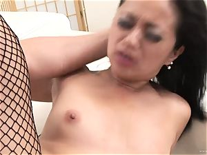 successful Starr bounces her wet honeypot on this rigid pink cigar