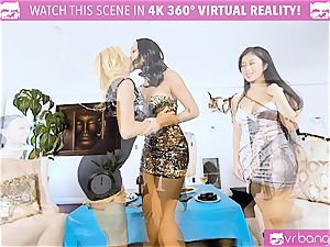 VR porn - Alexis Seducing Her pals to Have a scorching fucky-fucky