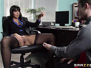 brazilian secretary Mercedes Carrera seduced her fresh manager in the office