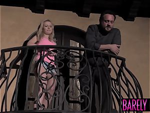 youthfull Kennedy Kressler man-meat stretched before facial cumshot