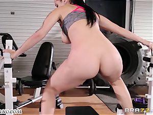 Dear coach Katrina Jade - You want to teach my man rod?