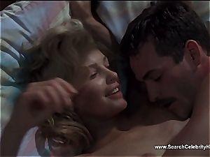 marvelous Ashley Judd looking fantastic bare on webcam