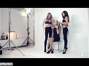 Russian Centerfolds have lesbo 3some in a pic studio