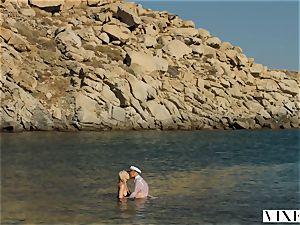 VIXEN Kendra Sunderland sultry hump on a beach
