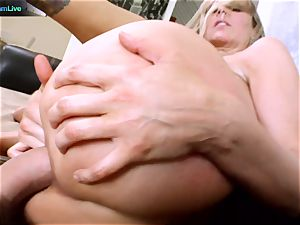 Julia Ann getting her gaping fuck-hole stretched