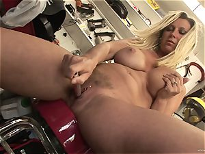 scorching Devon Lee enjoys taunting her saucy raw clittie